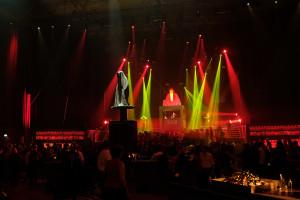 breitling-idclub-show-baselworld-watch-jewellery-party- brand-exclusive-guardians-of-time-manfred-kielnhofer-sculpture-statue-art-arts-lightart-3112